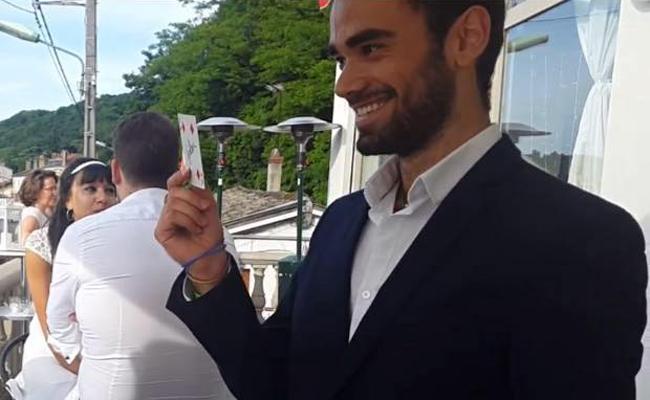magicien close up sur Lyon